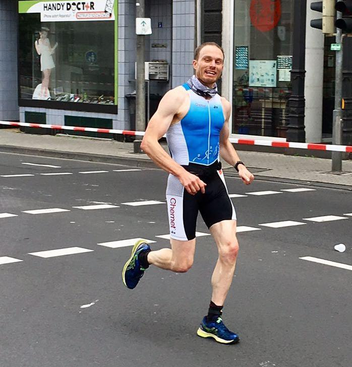 Thomas van Leuck läuft Marathon in 3:03:58